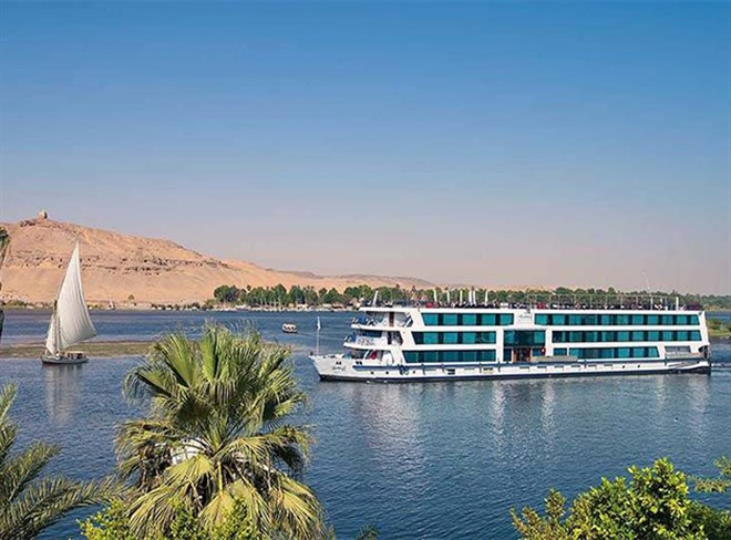 Nile Cruise from Aswan to Luxor